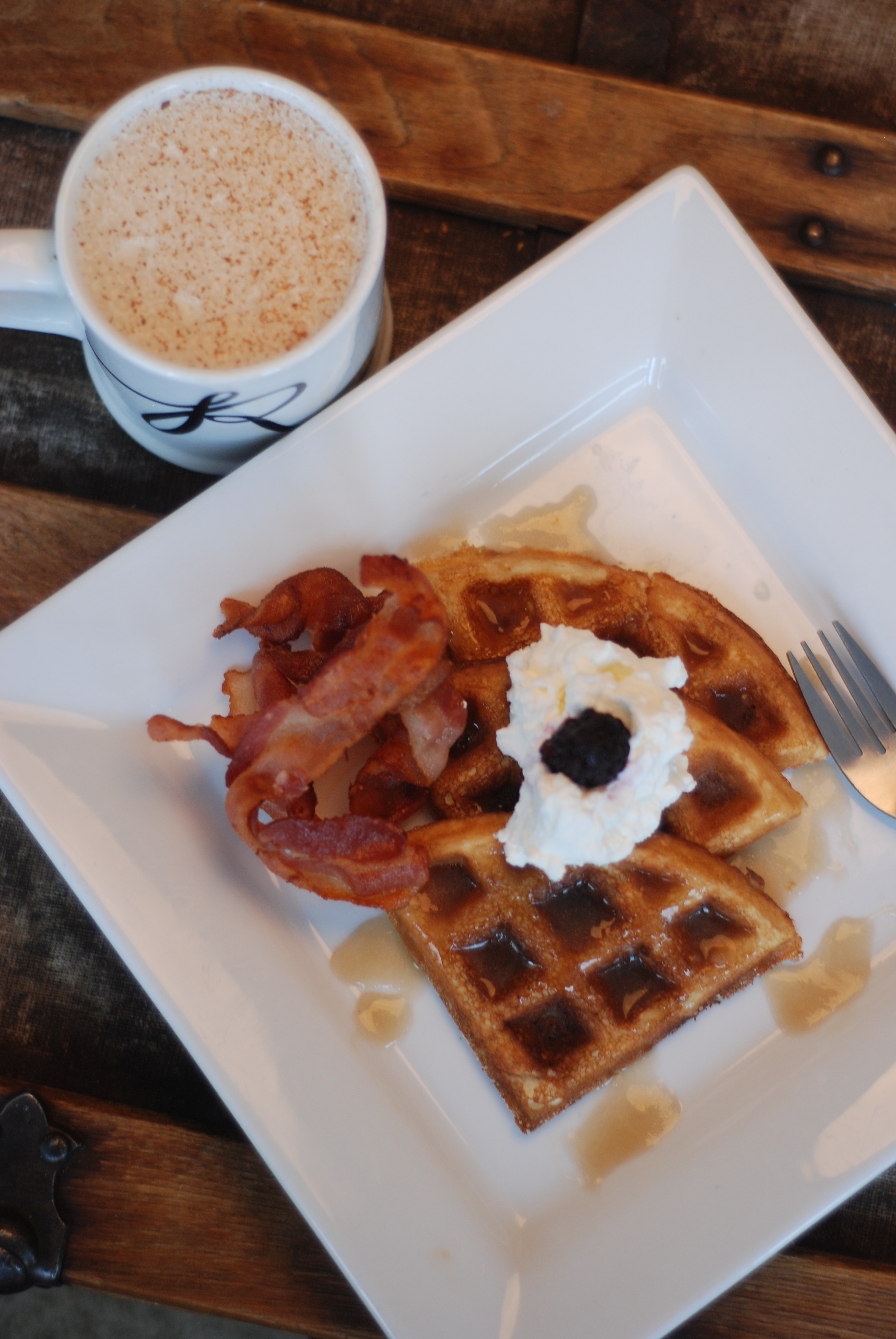 Coconut Flour Keto Waffles from Nutmeg Disrupted