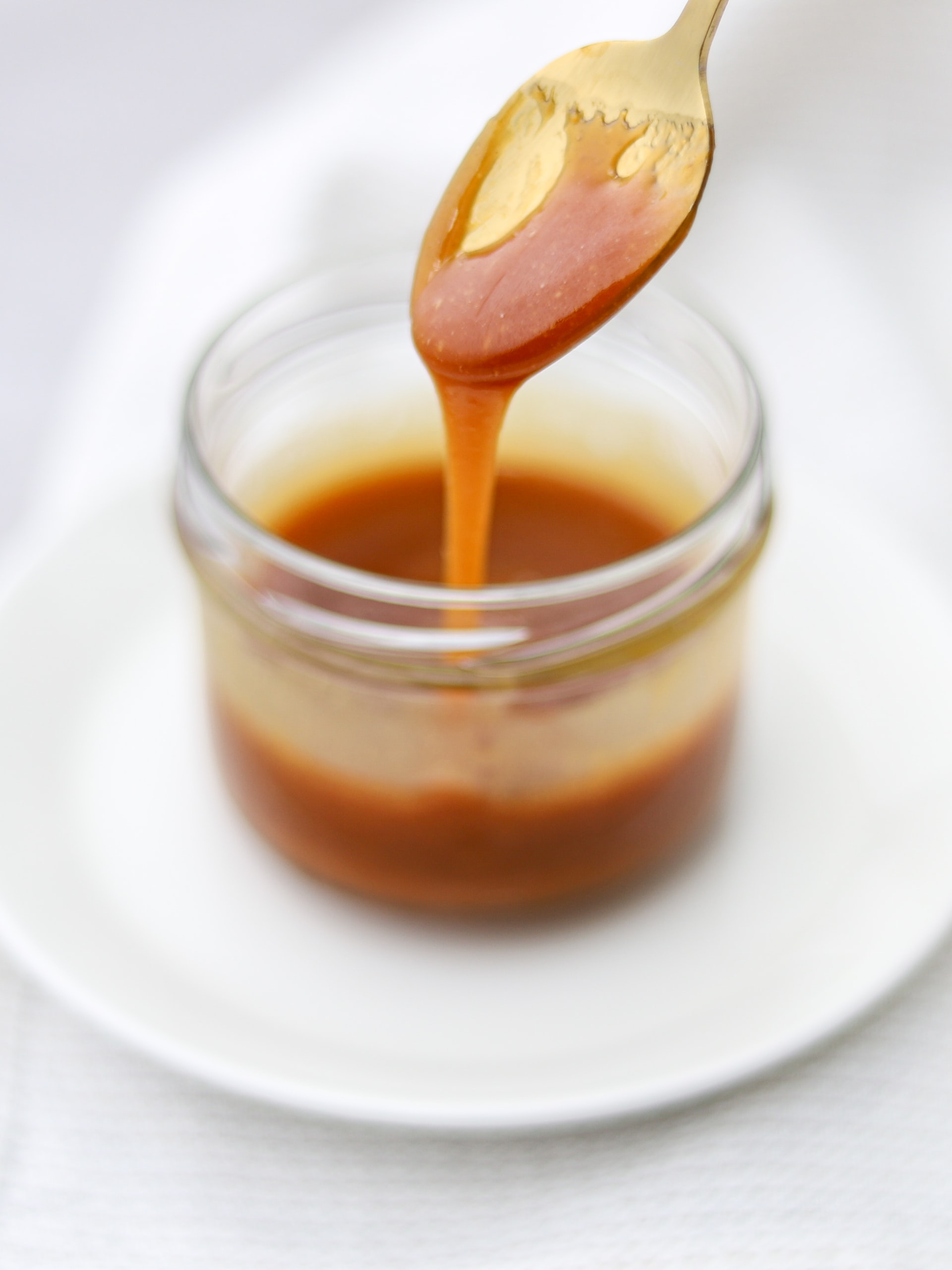 Caramel sauce for Cornflake Cookies on Nutmeg Disrupted